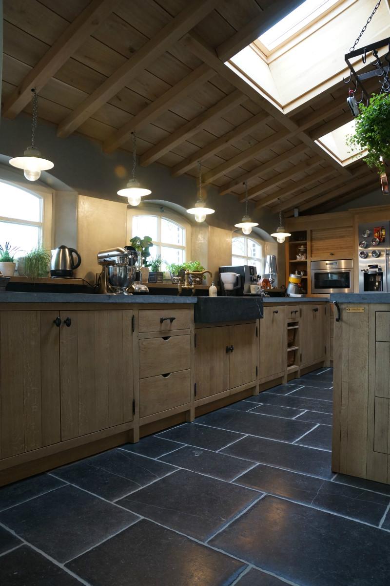 Keuken Eiken Massief : Landelijke keuken in massief eik – vb 4 – Keukens – Arthur Bours