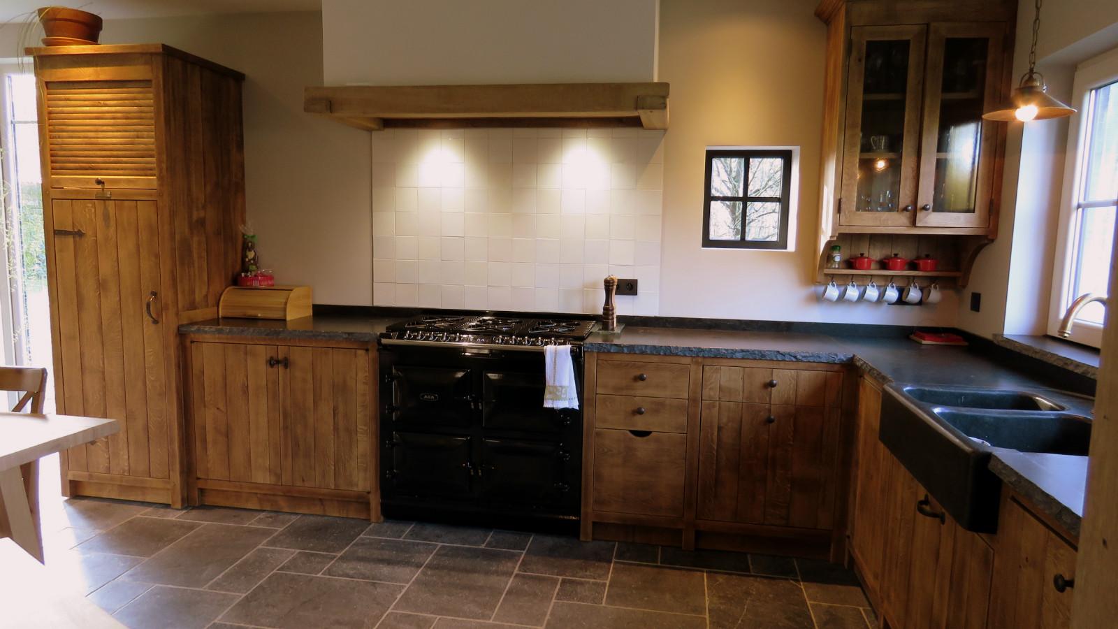 Landelijke keuken in massief eik - vb 4 - Keukens - Arthur Bours